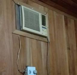 Vendo ar condicionado 200R$