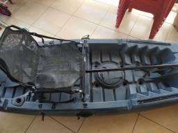 Vendo caiaque caiman 100 + sonar Fisher + suporte pra motor