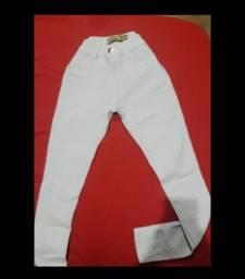 calça branca R$ 35