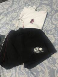 Doando uniformes colégio CEM
