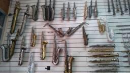 Consertos e venda de instrumentos de sopro