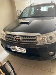 HILUX SW4 SRV OPORTUNIDADE