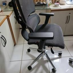 Cadeira Escritório Ergonômica - Marca DT3Office - Modelo Helora