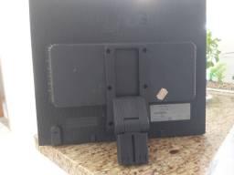 Monitor computador LG enorme  Vendo barato 19 polegadas  Em perfeito estado conservação