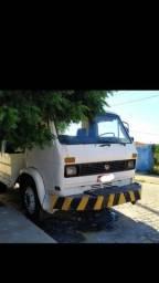 Caminhão Wolks 11.140 REBOQUE