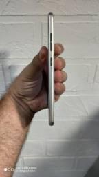 Asus zenfone 3 BRANCO 64 GB ROM 4 GB RAM