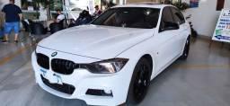 BMW 320i 2015 M sport flex com teto