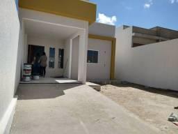 Casa para venda possui 70 metros quadrados com 2 quartos em Canafístula - Arapiraca - AL