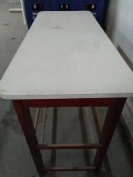 Mesa madeira usada