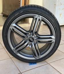 Rodas Audi S3 original com pneus.