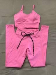 Conjunto fitness calça legging e top