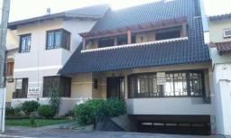 Linda Casa no Condominio dos Montes - alto padrão