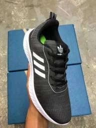 Tênis de corrida - Adidas