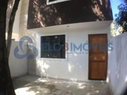 Elo3Imóveis- Excelente Casa Duplex no Pacheco com pequena entrada