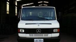 Caminhão 710 - 2003