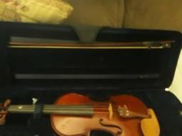 Vendo violino marca Eagle