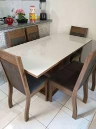 Vendo mesa 6 cadeiras usada por apenas 3 meses