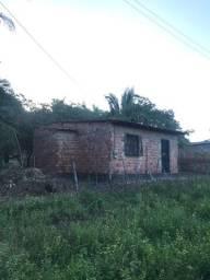 Casa com amplo terreno no Panaquatira