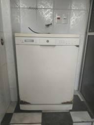 Lava louças GE 12 serviços