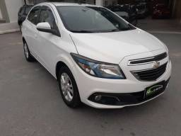 Chevrolet onix 1.4 2014 completo manual impecável