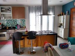 Casa com 3 dormitórios à venda, 130 m² por R$ 530.000,00 - Piratininga - Niterói/RJ