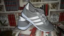 Tênis Adidas novinho