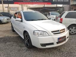 Astra Sedan 2010 impecável! Troco/Financio!
