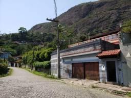 Linda Casa c/3 Quartos no Quitandinha