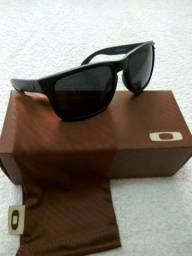 Óculos holbrook Oakley de sol