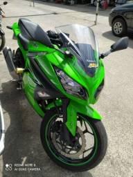 Kawasaki ninja 300 2018 km 31.185 $ 19.900 financiamento até 48x