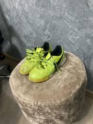 Chuteira Nike Tiempo Couro Legítimo 31 (Aceito Cartão)