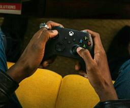 CONTROLE + GAMEPASS ULTIMATE*