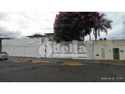 Casa para alugar com 5 dormitórios em Umuarama, Uberlandia cod:301866