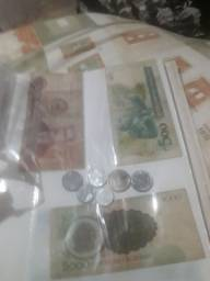 Notas antigas e moedas antigas