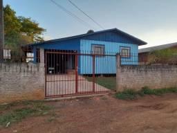 Casa Mista com Terreno Grande - Aeroporto - Palmas Pr