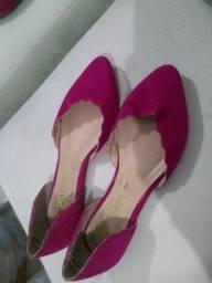 Sapatilha na cor rosa pink número 34
