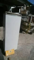 Geladeira brastenpe 340l