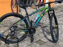 Bicicleta aro 29 em alumínio