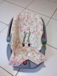Vende-se  bebê conforto e carrinho seme novo