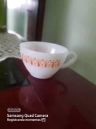 Xícara de porcelana thermo rey gravatinha