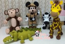 Mickey Safari de Feltro ( Jane Feltros Ateliê)