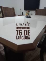 Mesa de jantar perfeita em PROMOÇÃO