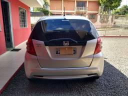 Honda fitty 2014/14 motor 1.4 automático e com bxa km carro sem detalhes
