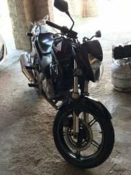 Moto CB300 ano 2014