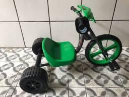 Triciclo e velocípede