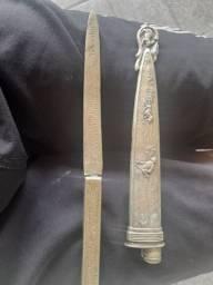Punhal de prata antiga