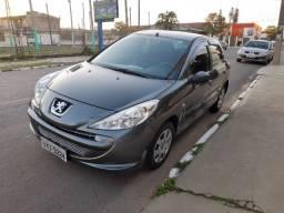Peugeot 207 XR 1.4 8V - Ano 2012 Completo