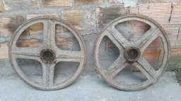 Vende-se dois volantes para serra fita