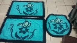 Jogo de banheiro em patchwork e crochê!