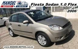 Fiesta Sedan 1.0 Flex - 2006 - Prata - 2006